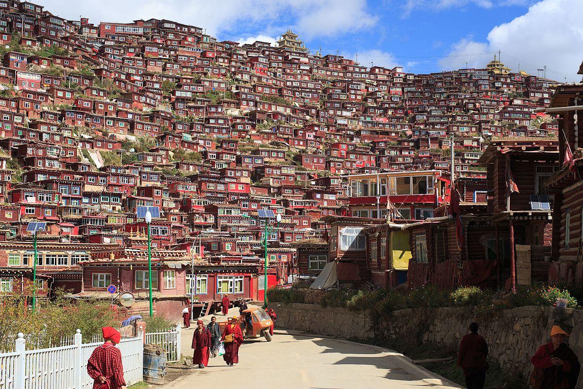 Desa di Tibet